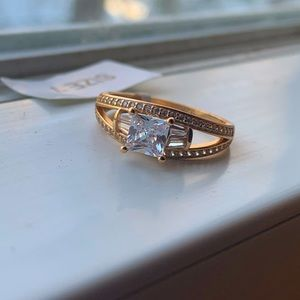💍 925  silver plated ring with 18k gold size 7 💍